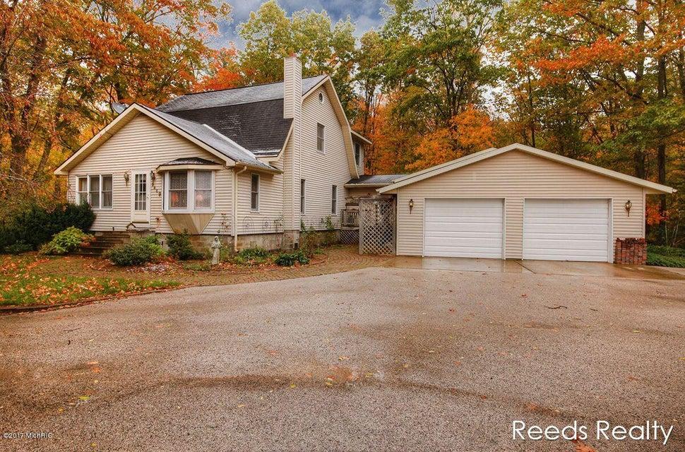 Single Family Home for Sale at 2469 Slocum 2469 Slocum Ravenna, Michigan 49451 United States