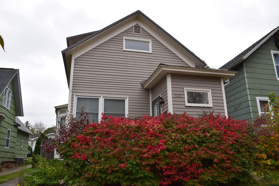 Single Family Home for Sale at 343 Fourth 343 Fourth Manistee, Michigan 49660 United States
