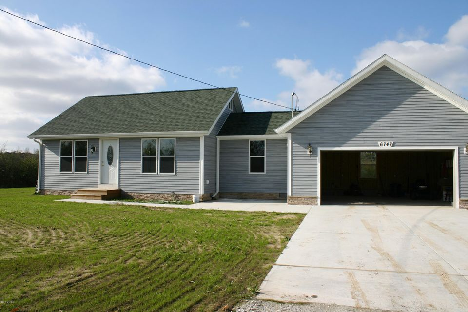 Single Family Home for Sale at 6747 Cooley 6747 Cooley Fruitport, Michigan 49415 United States