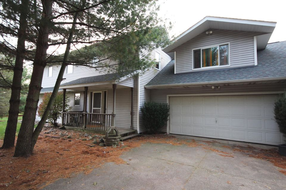 Single Family Home for Sale at 11446 32nd 11446 32nd Vicksburg, Michigan 49097 United States