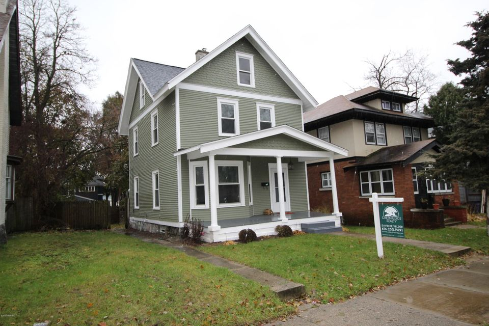 Single Family Home for Sale at 1326 Sherman 1326 Sherman Grand Rapids, Michigan 49506 United States