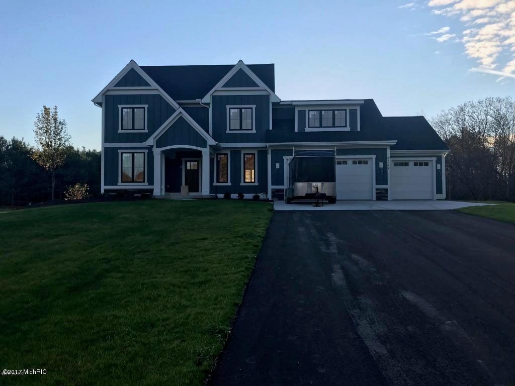 Single Family Home for Sale at 8070 Ashwood 8070 Ashwood Ada, Michigan 49301 United States