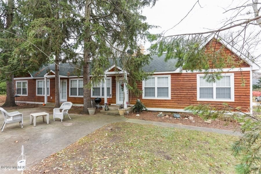 Single Family Home for Sale at 10346 Smith 10346 Smith Union Pier, Michigan 49129 United States