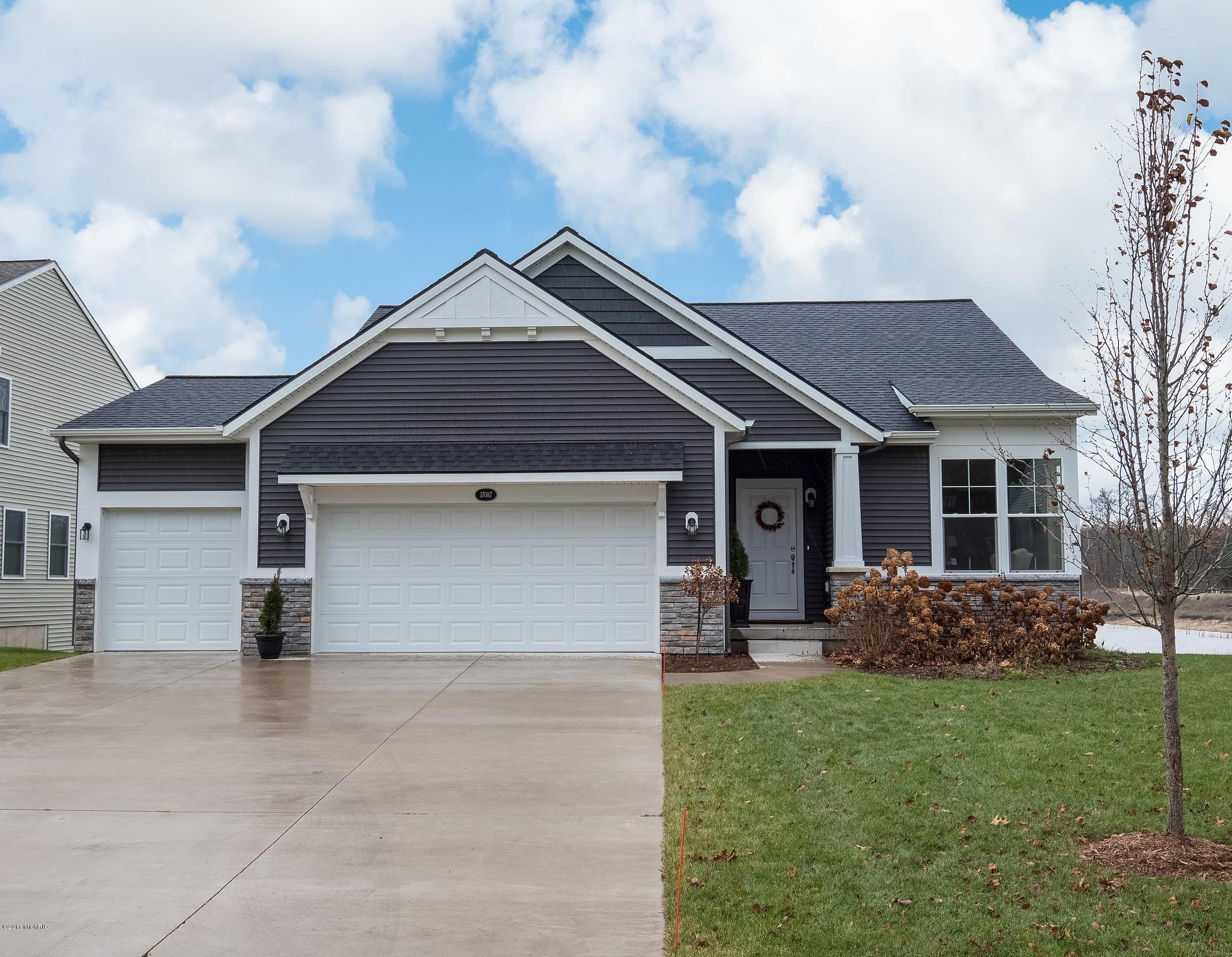 Single Family Home for Sale at 17087 Birchview 17087 Birchview Nunica, Michigan 49448 United States