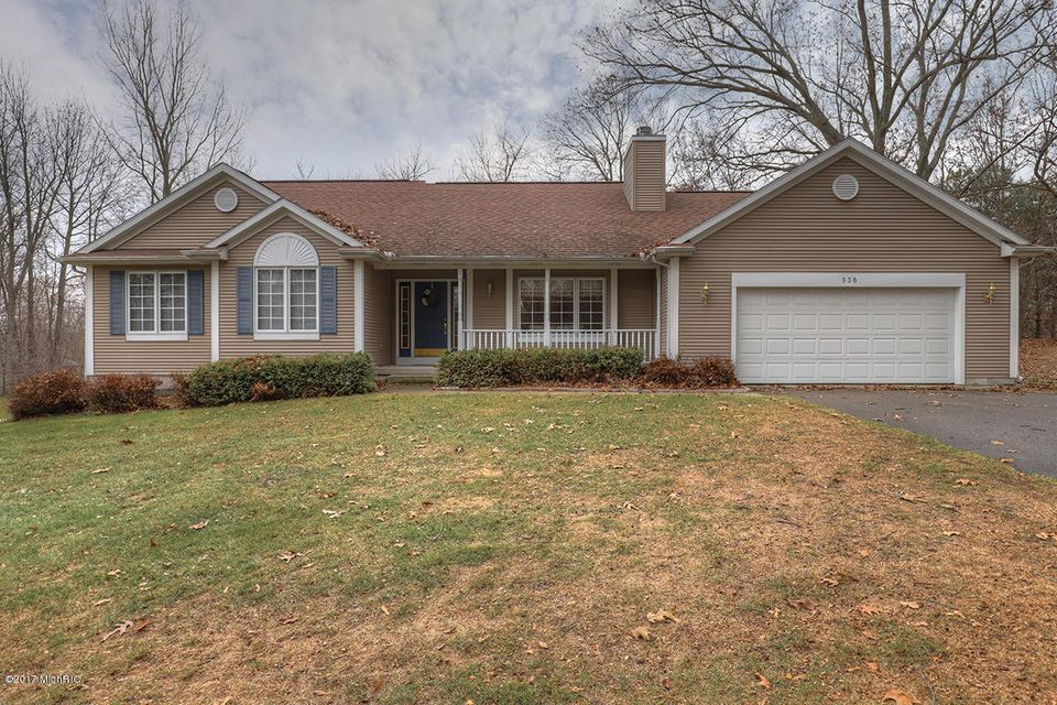 Single Family Home for Sale at 530 Pine Haven 530 Pine Haven Comstock Park, Michigan 49321 United States