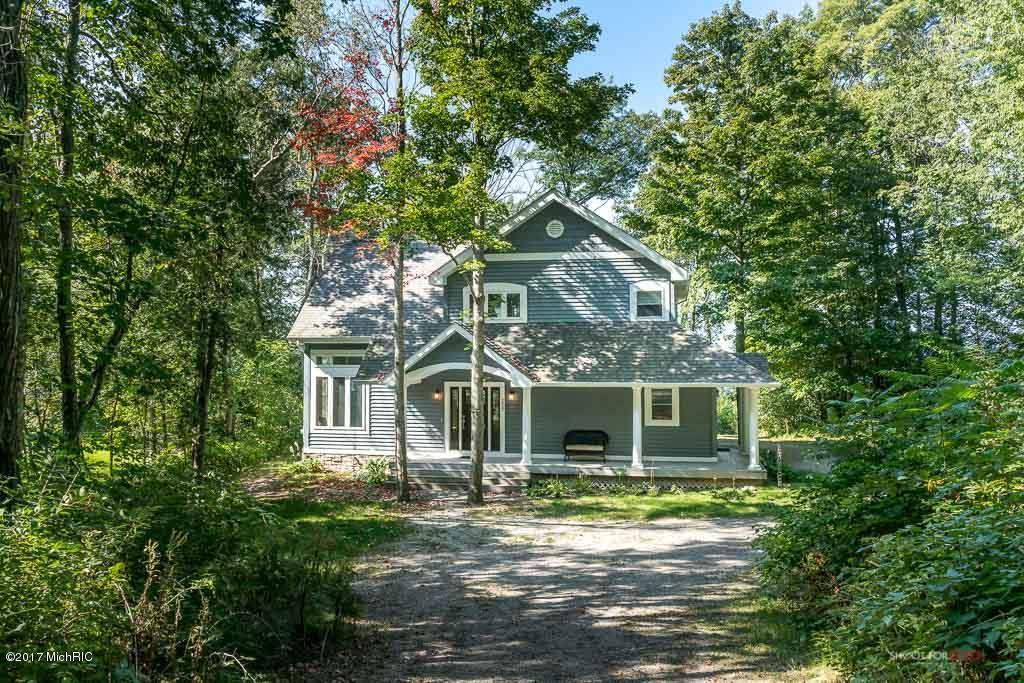 Single Family Home for Sale at 6927 Scenic 6927 Scenic New Era, Michigan 49446 United States
