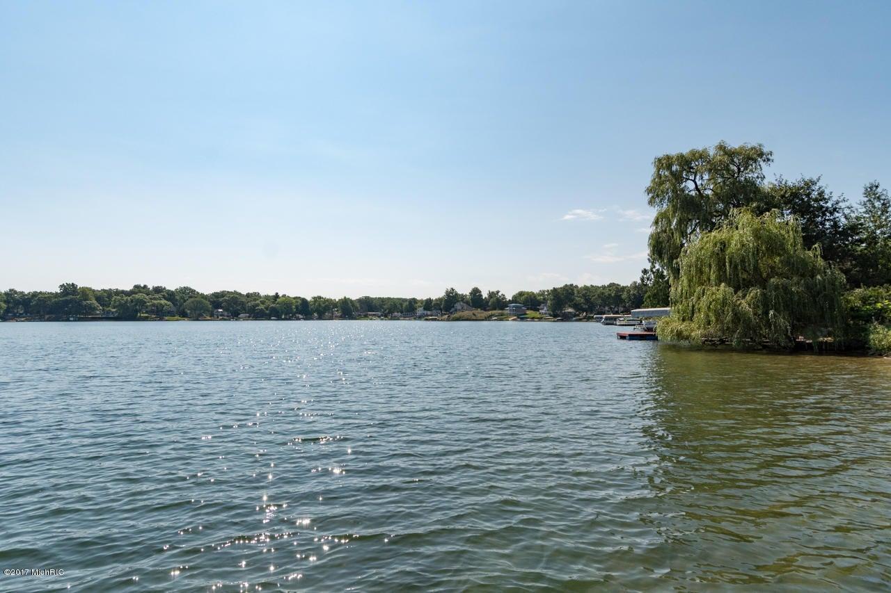 420 W Crooked Lake , Kalamazoo, MI 49009 Photo 18
