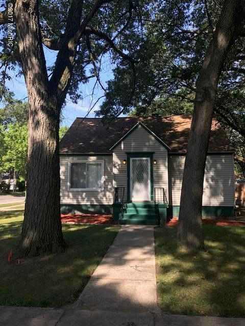 Single Family Home for Sale at 1889 Elwood 1889 Elwood Muskegon, Michigan 49442 United States