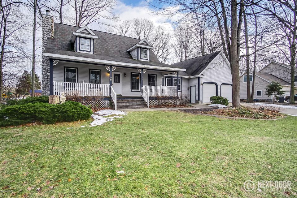 Single Family Home for Sale at 6640 North Point 6640 North Point Fruitport, Michigan 49415 United States