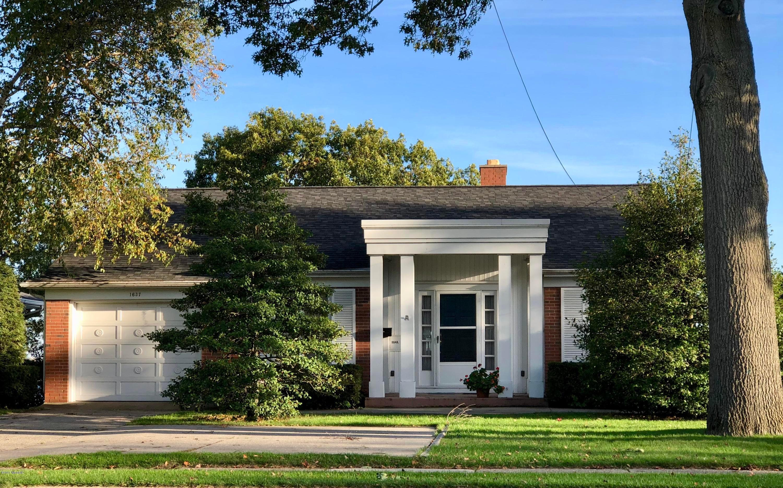 Single Family Home for Sale at 1637 Ruddiman 1637 Ruddiman North Muskegon, Michigan 49445 United States