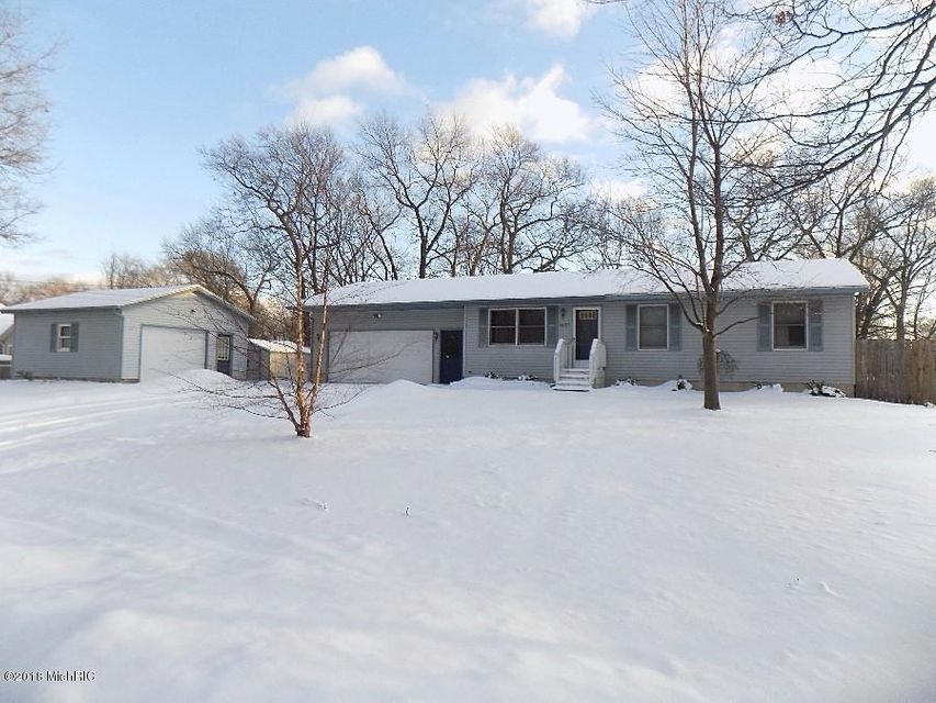 Single Family Home for Sale at 1677 Summit 1677 Summit Muskegon, Michigan 49444 United States