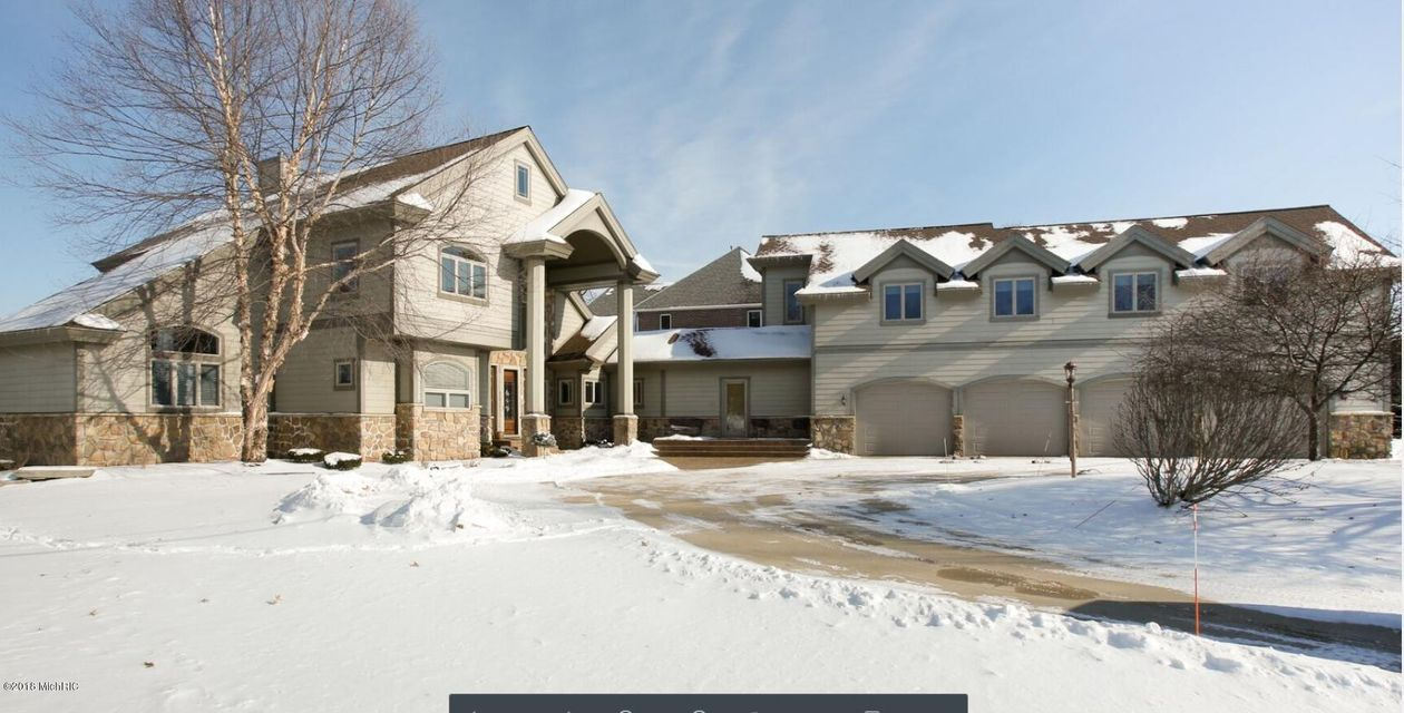 Single Family Home for Sale at 654 Country Club 654 Country Club Battle Creek, Michigan 49015 United States