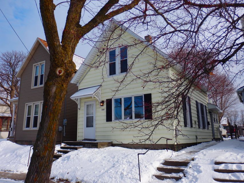 Single Family Home for Sale at 531 Hancock 531 Hancock Manistee, Michigan 49660 United States