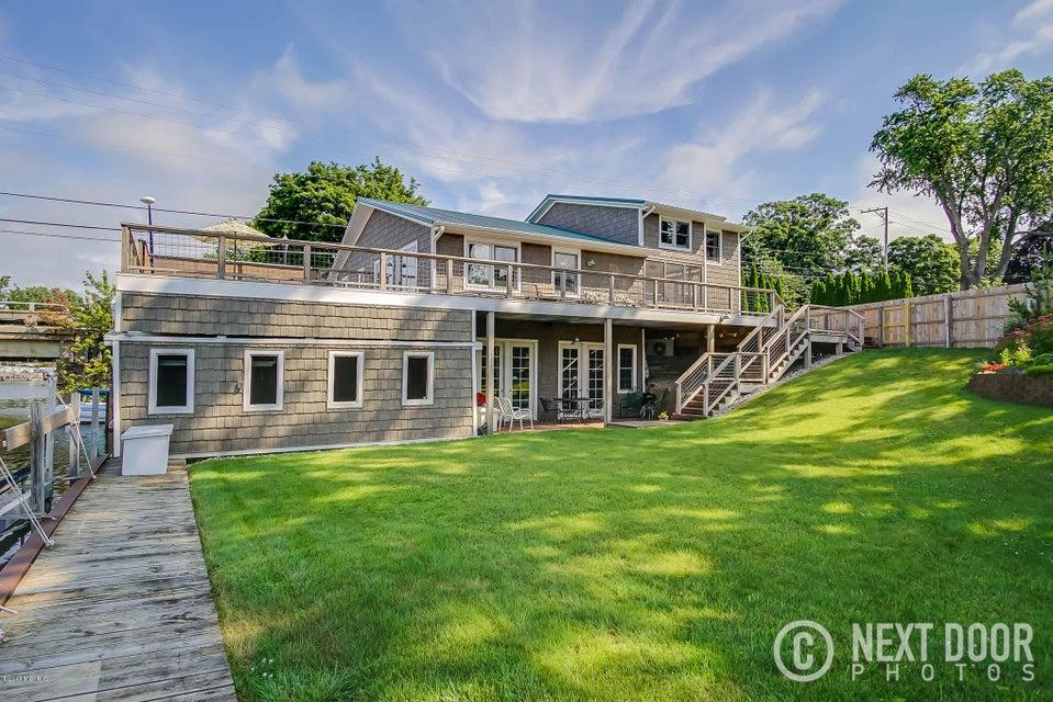 Single Family Home for Sale at 401 Ruddiman 401 Ruddiman North Muskegon, Michigan 49445 United States