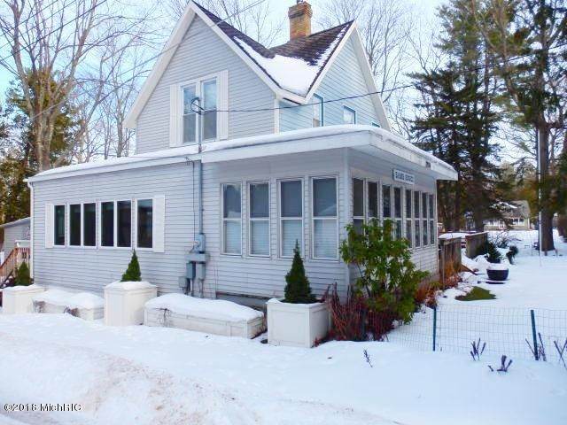 Single Family Home for Sale at 2924 Crescent Beach 2924 Crescent Beach Manistee, Michigan 49660 United States