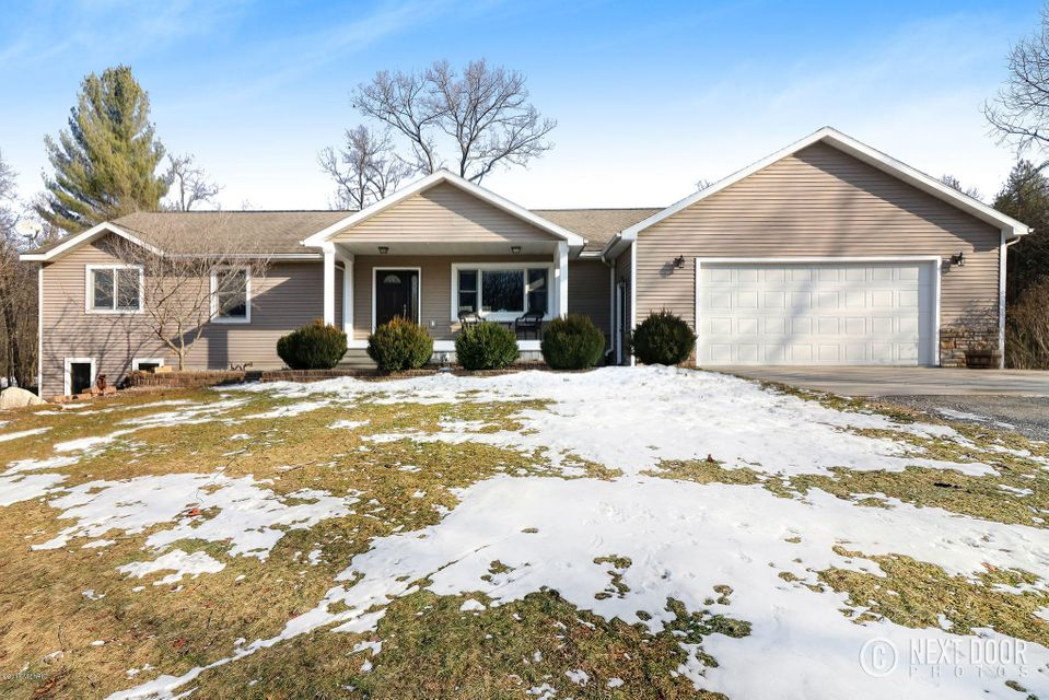 Single Family Home for Sale at 16906 136th 16906 136th Nunica, Michigan 49448 United States