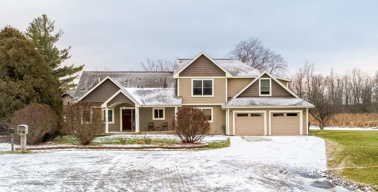 Single Family Home for Sale at 291 Lake Point 291 Lake Point Lake Odessa, Michigan 48849 United States