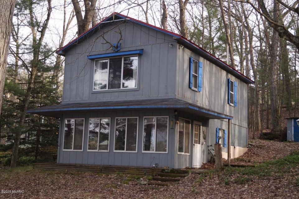 Single Family Home for Sale at 6134 16th 6134 16th Twin Lake, Michigan 49457 United States