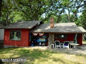 Single Family Home for Sale at 1578 Oak 1578 Oak Wellston, Michigan 49689 United States