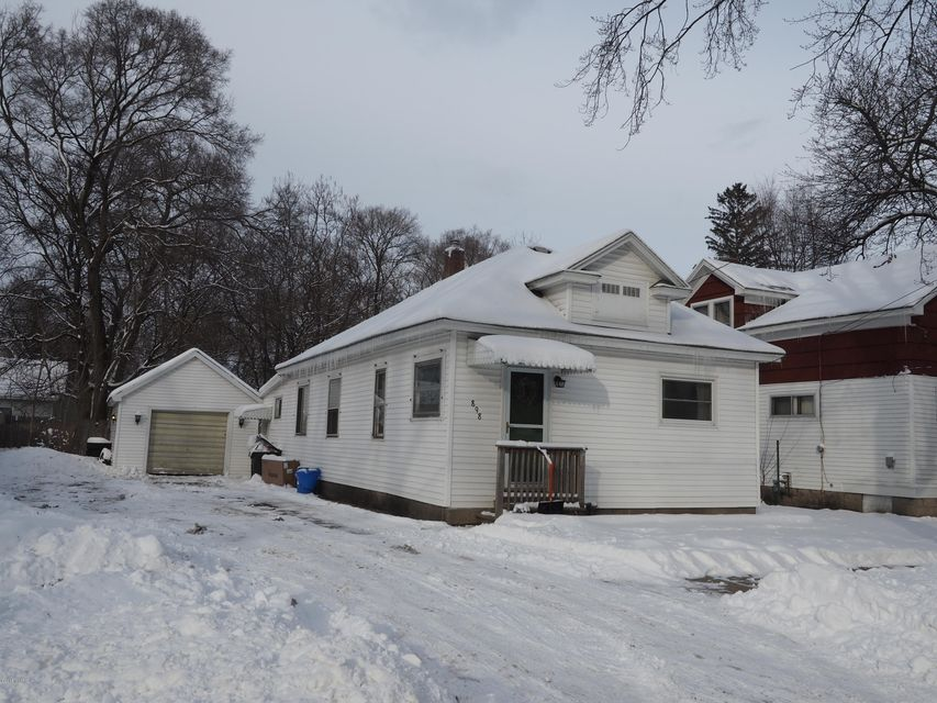 Single Family Home for Sale at 898 Forest 898 Forest Muskegon, Michigan 49441 United States