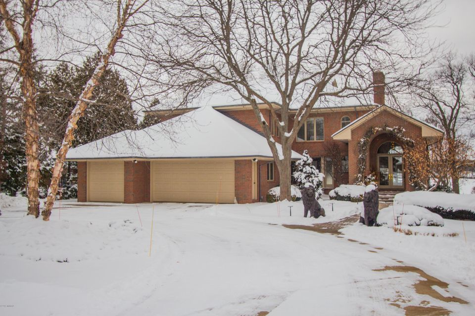 Single Family Home for Sale at 2601 Frederick 2601 Frederick East Grand Rapids, Michigan 49506 United States