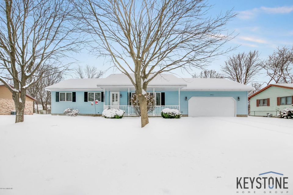 Single Family Home for Sale at 1927 Francis 1927 Francis Muskegon, Michigan 49442 United States