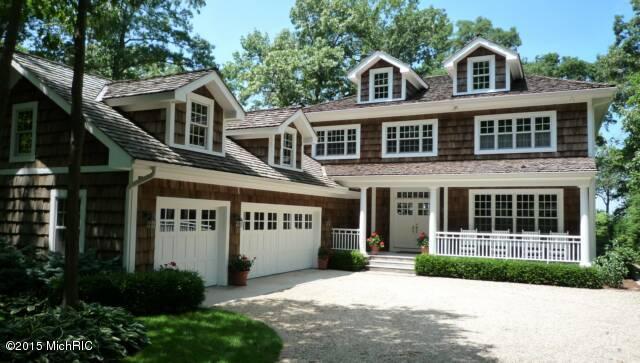 独户住宅 为 销售 在 16548 Westway 16548 Westway 新水牛城, 密歇根州 49117 美国