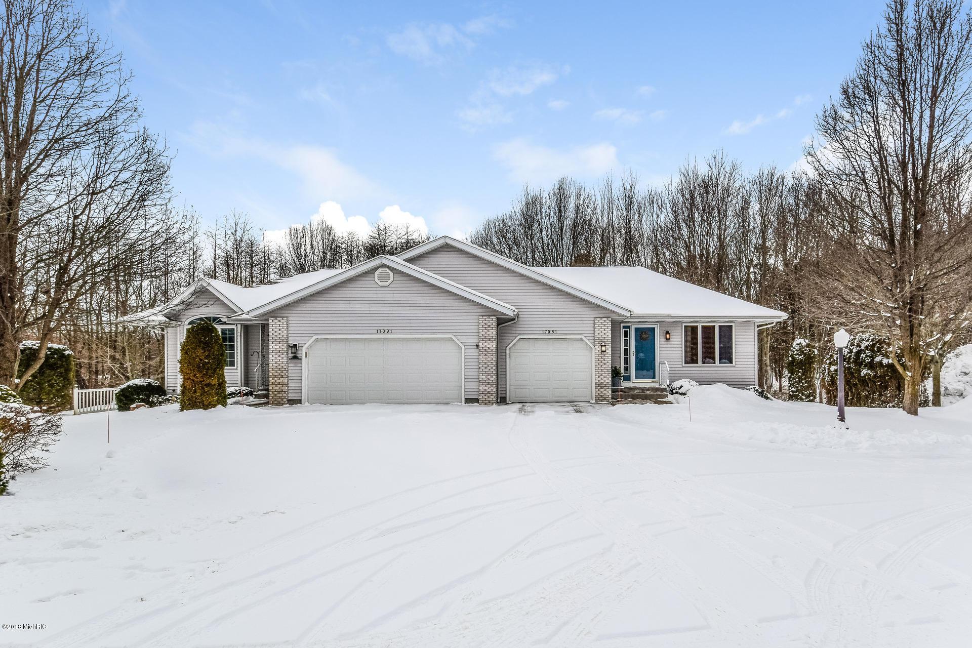 独户住宅 为 销售 在 17081 Grandview 17081 Grandview 斯普林莱克, 密歇根州 49456 美国