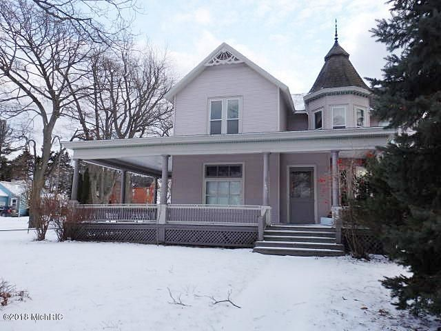 Single Family Home for Sale at 461 Fifth 461 Fifth Manistee, Michigan 49660 United States