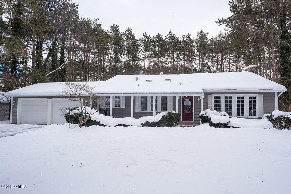 Single Family Home for Sale at 16864 Timber Dunes 16864 Timber Dunes Grand Haven, Michigan 49417 United States