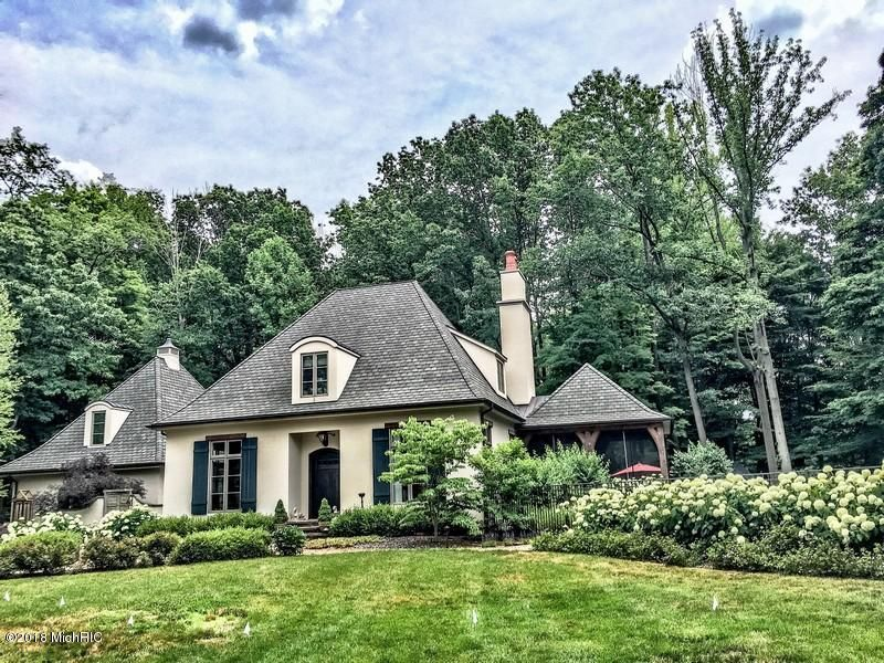 Single Family Home for Sale at 8708 Elm Valley 8708 Elm Valley Union Pier, Michigan 49129 United States