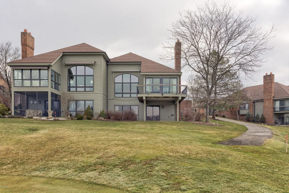 Single Family Home for Sale at 867 Cascade Hills East Drive 867 Cascade Hills East Drive Grand Rapids, Michigan 49546 United States