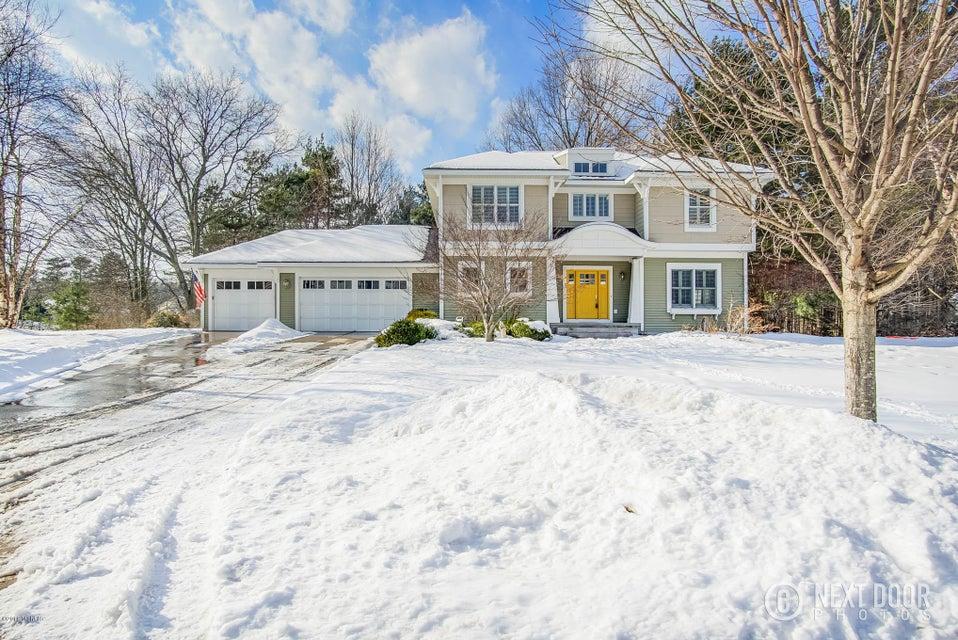 独户住宅 为 销售 在 18083 Wildwood 18083 Wildwood 斯普林莱克, 密歇根州 49456 美国