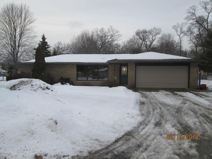 Single Family Home for Sale at 1860 Nielwood 1860 Nielwood Muskegon, Michigan 49445 United States