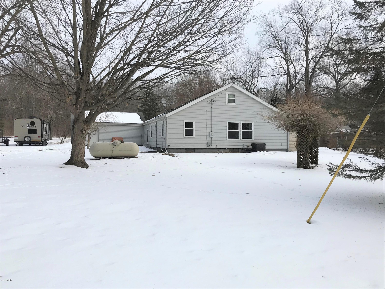 Single Family Home for Sale at 2604 Hemlock Beach 2604 Hemlock Beach Reading, Michigan 49274 United States