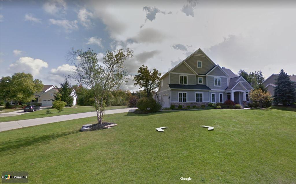独户住宅 为 销售 在 2344 Cascade Pointe 2344 Cascade Pointe Grand Rapids, 密歇根州 49546 美国
