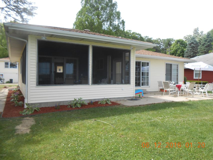 55065 Indian , Eau Claire, MI 49111 Photo 2