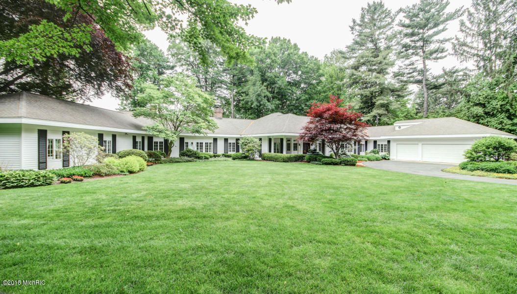 Single Family Home for Sale at 2925 Judson 2925 Judson Spring Lake, Michigan 49456 United States