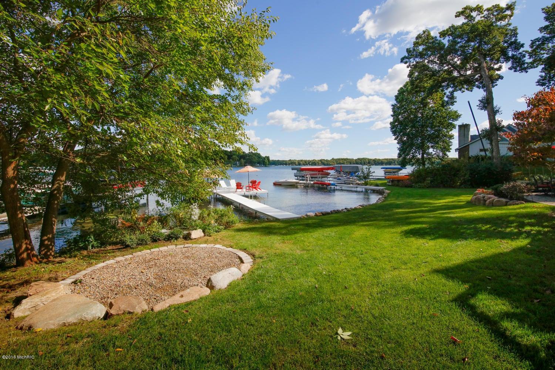 1469 W Gull Lake Drive