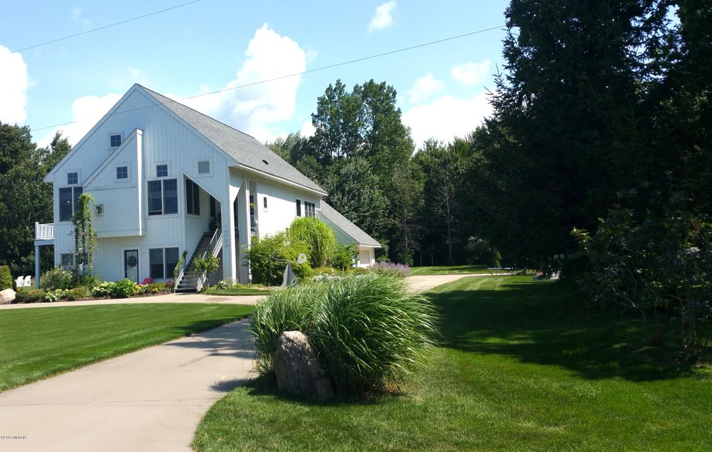 Single Family Home for Sale at 14799 Boom 14799 Boom Spring Lake, Michigan 49456 United States