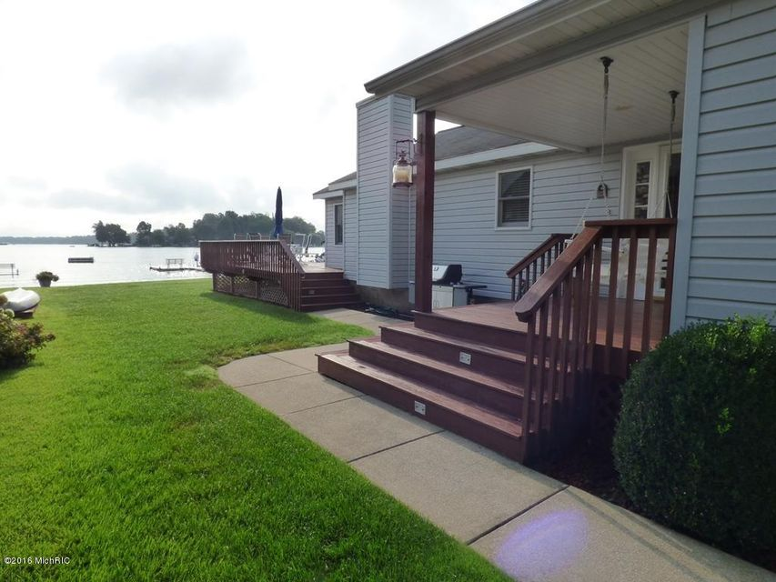 50443 W Lakeshore , Dowagiac, MI 49047 Photo 27