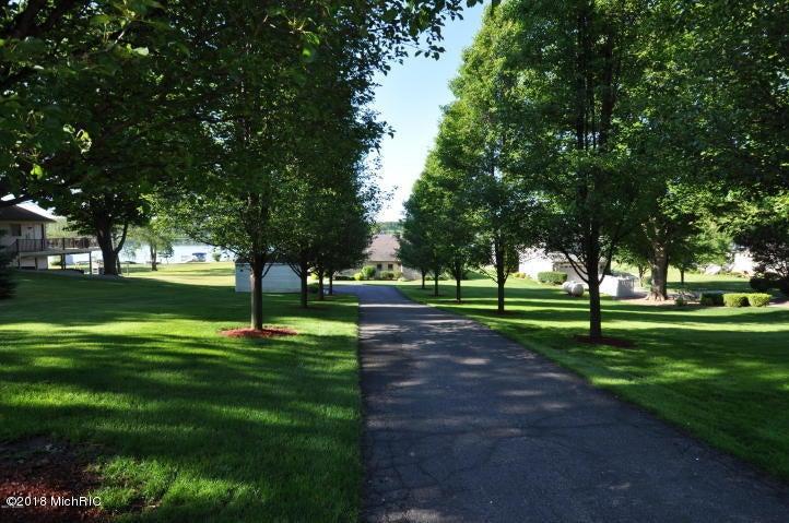16793 Lakeview , Vandalia, MI 49095 Photo 6