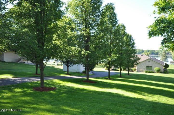 16793 Lakeview , Vandalia, MI 49095 Photo 5