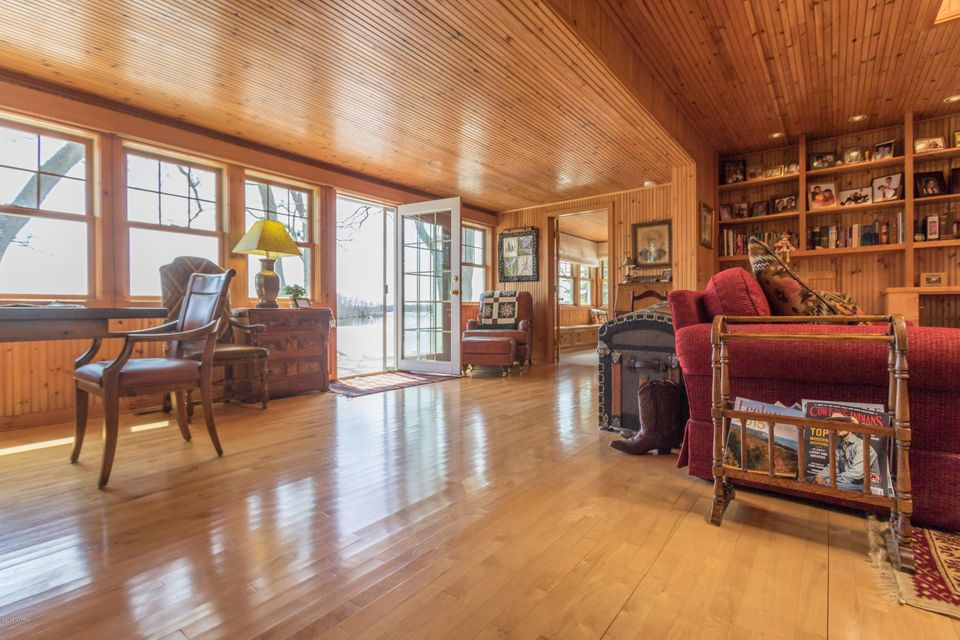11143 Hastings Point , Middleville, MI 49333 Photo 7