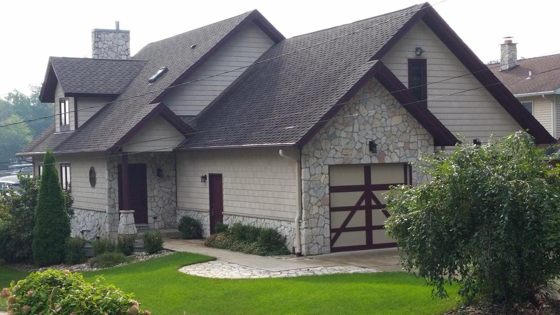 55921 Inn-D-Inn , Dowagiac, MI 49047 Photo 6