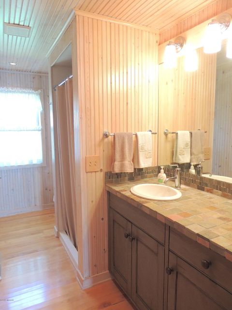 11143 Hastings Point , Middleville, MI 49333 Photo 27