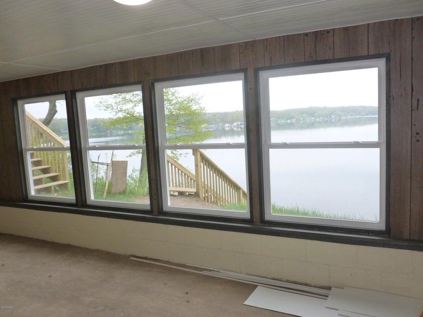 5350 W Guernsey Lake , Delton, MI 49046 Photo 15