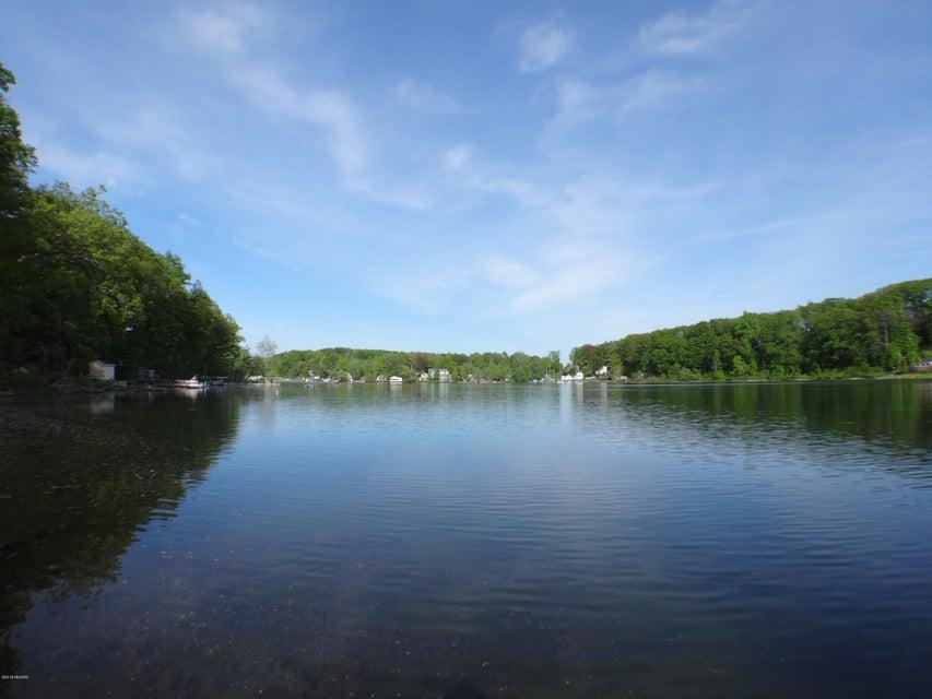 4681 Lakefront , Delton, MI 49046 Photo 28