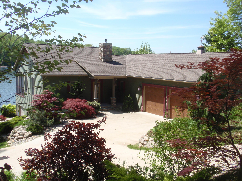 4681 Lakefront , Delton, MI 49046 Photo 1