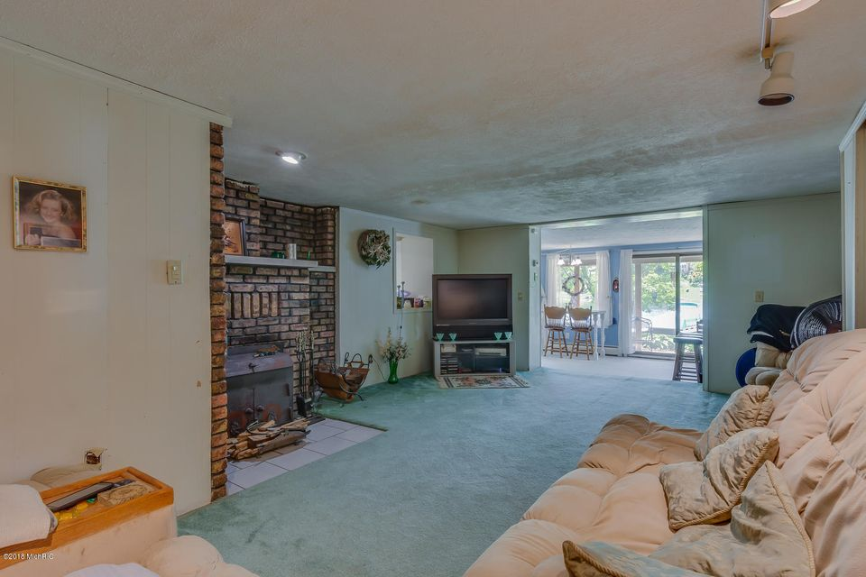 69574 Oak , Union, MI 49130 Photo 17